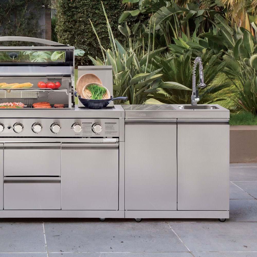 Platinum III Alfresco Outdoor Kitchen